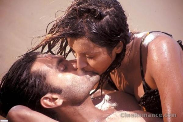 Romantic kiss kỹ năng để có một nụ hôn lãng mạn và hoàn hảo